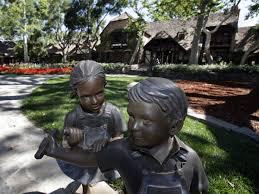 mj statues